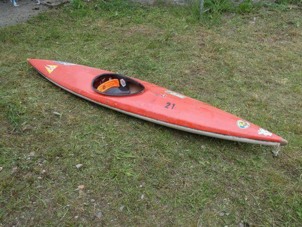 Kinderboot GFK rot