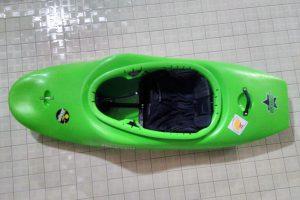 Freestyleboot grün
